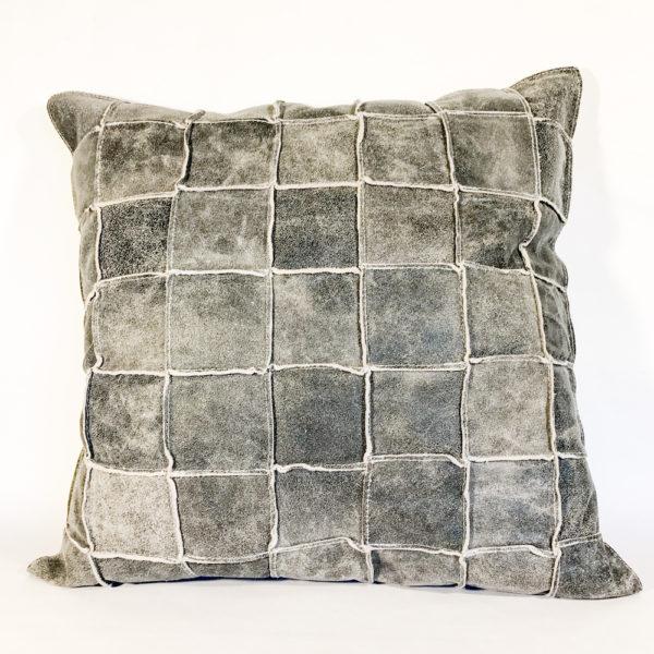 Sierkussen grijs leer patch